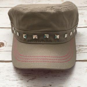 [Pugs Gear] Studded Cadet Hat